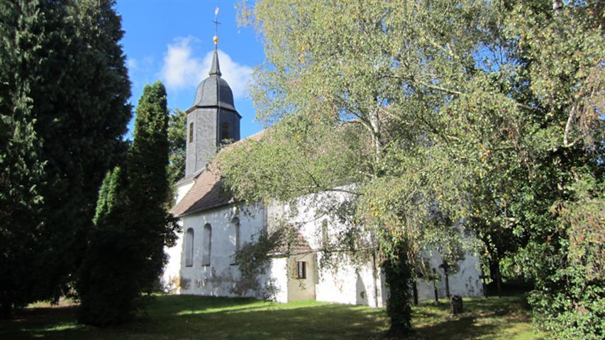 Kirche Streumen